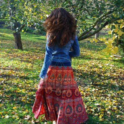 Mandalová boho sukně - červená