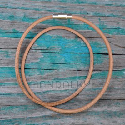 Kožený řemínek - ecru s nerezovým magnetickým koncem (3 mm)