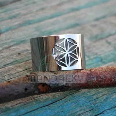Moderní prsten Semeno života III